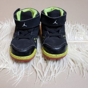 Toddler jordan sneakers